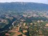 Les Monts de Russin, et l'Allondon qui serpente à sa gauche. On distingue Thoiry, au pied du Jura