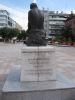 <i>Erigée une première fois en 1908, livrée aux Allemands en 1942, cette statue a été rétablie par souscription publique et inaugurée à nouveau le 4 septembre 1960</i>
